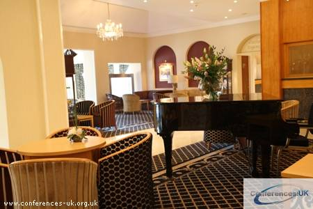 carlton_park_hotel
