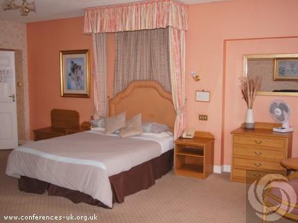 castle_hotel_tamworth