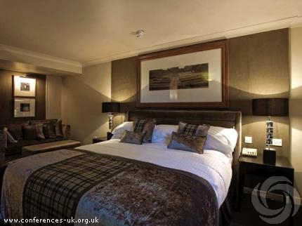 Double Tree by Hilton Dundee