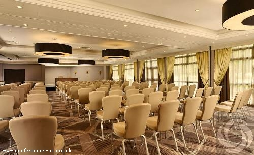 double_tree_by_hilton_london_ealing_hotel