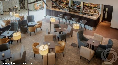 double_tree_by_hilton_london_heathrow_airport