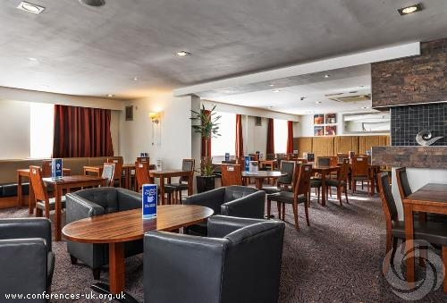 express_by_holiday_inn_gatwick-crawley