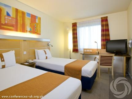 Express By Holiday Inn Luton Airport-Main