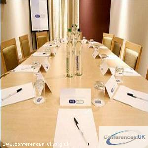 express_by_holiday_inn_stansted_airport