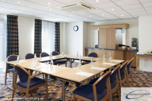 express_by_holiday_inn_wandsworth_battersea