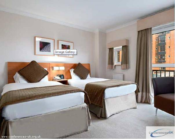doubletree_by_hilton_london_docklands_riverside