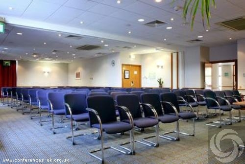holiday_inn_edinburgh_city_west
