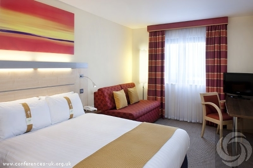 holiday_inn_express_aberdeen_exhibition_centre