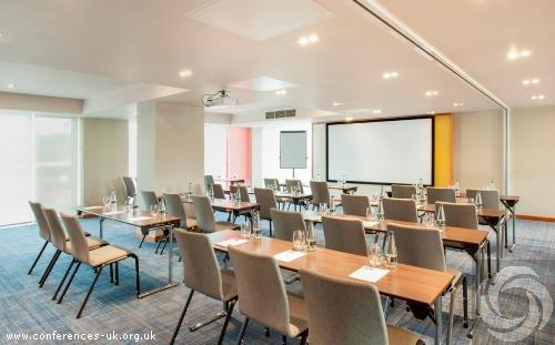 hyatt_place_west_london_hayes