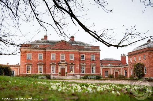 kelmarsh_hall_and_gardens