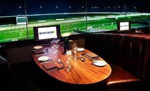 Kempton Park Racecourse-Main