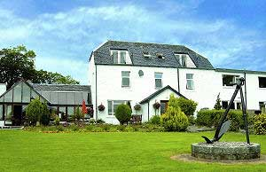 lochnell_arms_hotel