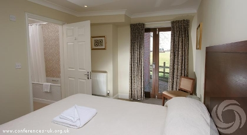 Marsh Farm Hotel Swindon