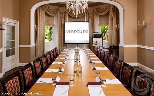 mercure_newbury_elcot_park_hotel