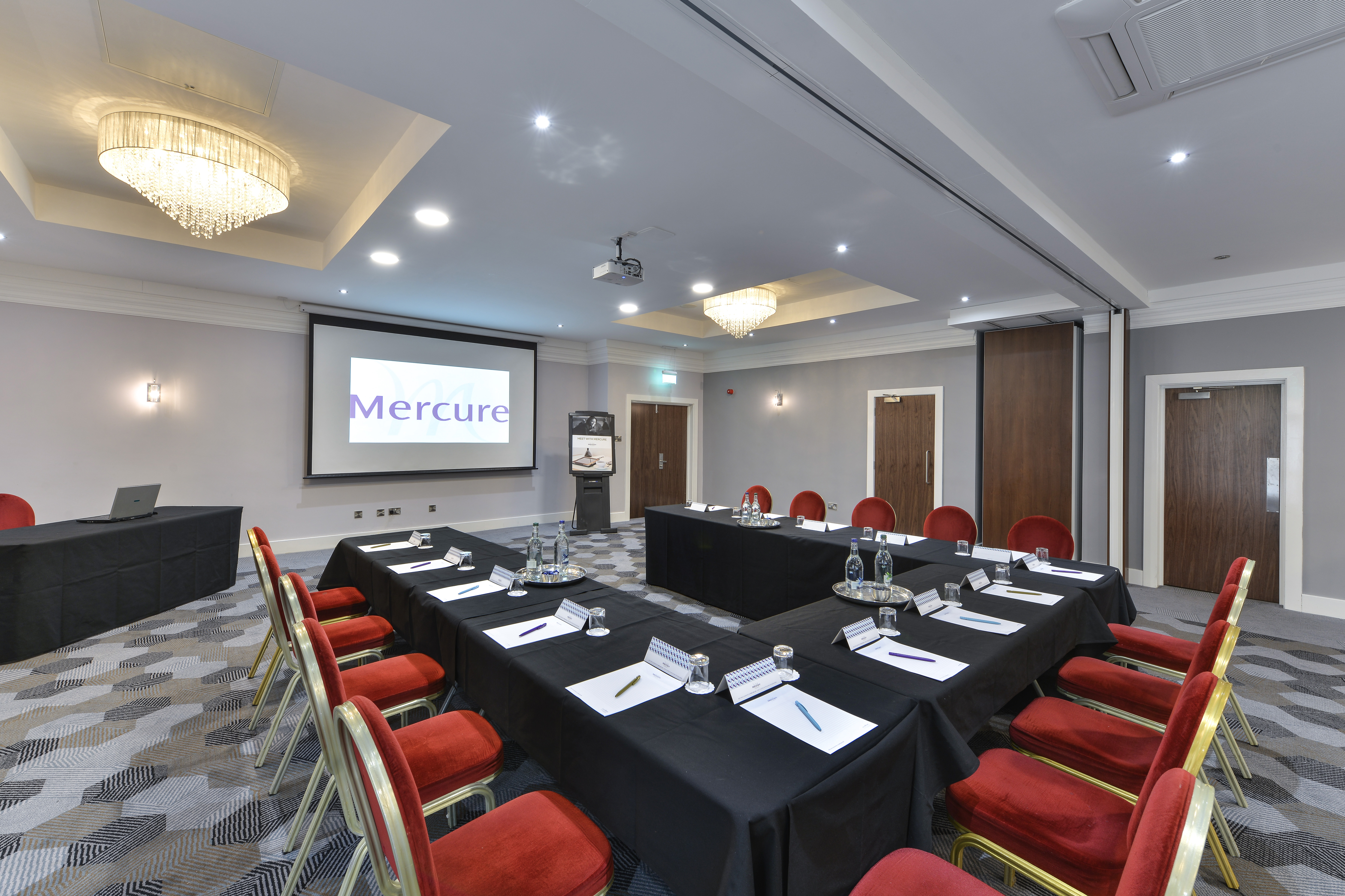 mercure_norton_grange_hotel_manchester