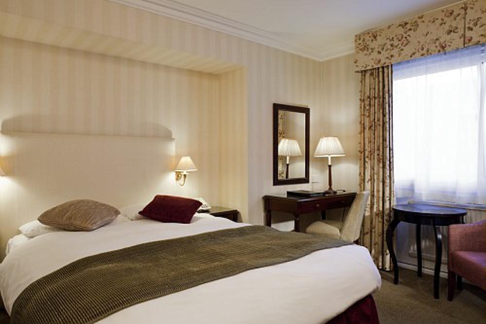 mercure_whately_hall_hotel_banbury_oxfordshire