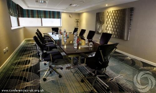ramada_hotel_and_suites_coventry