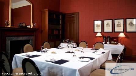 the_edinburgh_residence_hotel_the_town_house_company