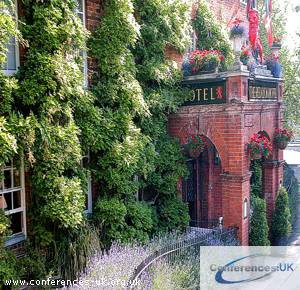 the_red_lion_hotel_oxfordshire